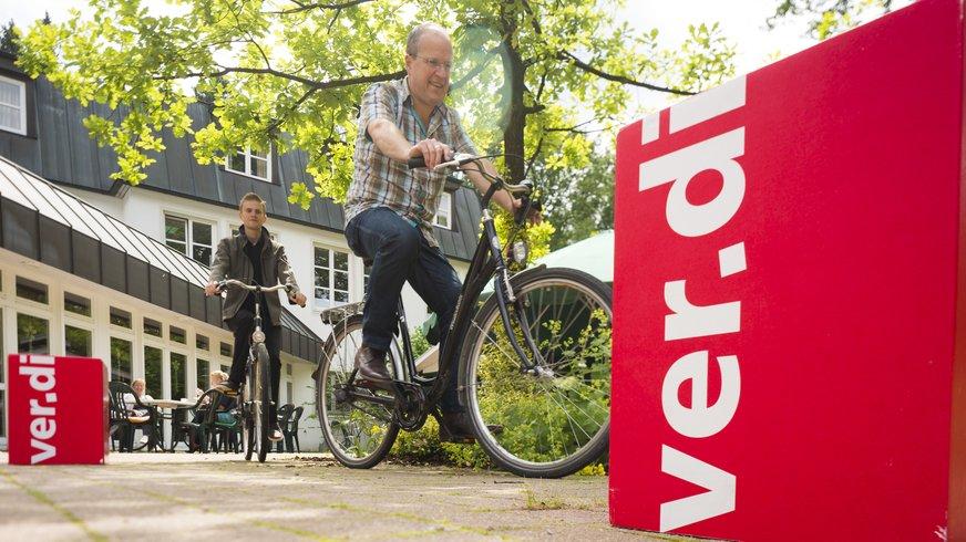 Buntes Haus Freizeit Fahrrad